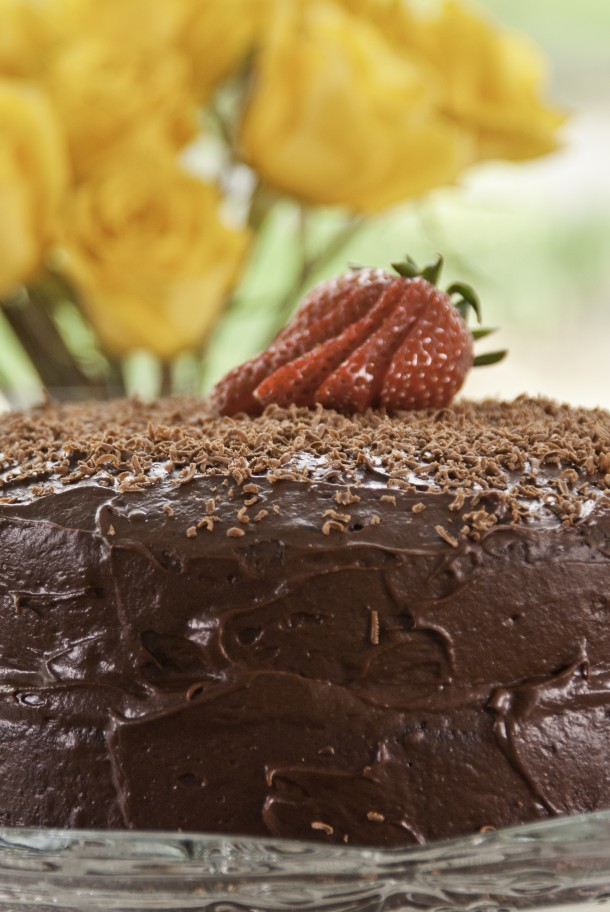 golden-stage-inn-chocolate-cake