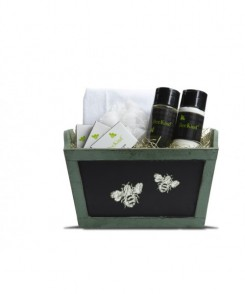 BeeKind-Gift-Basket-Toiletries