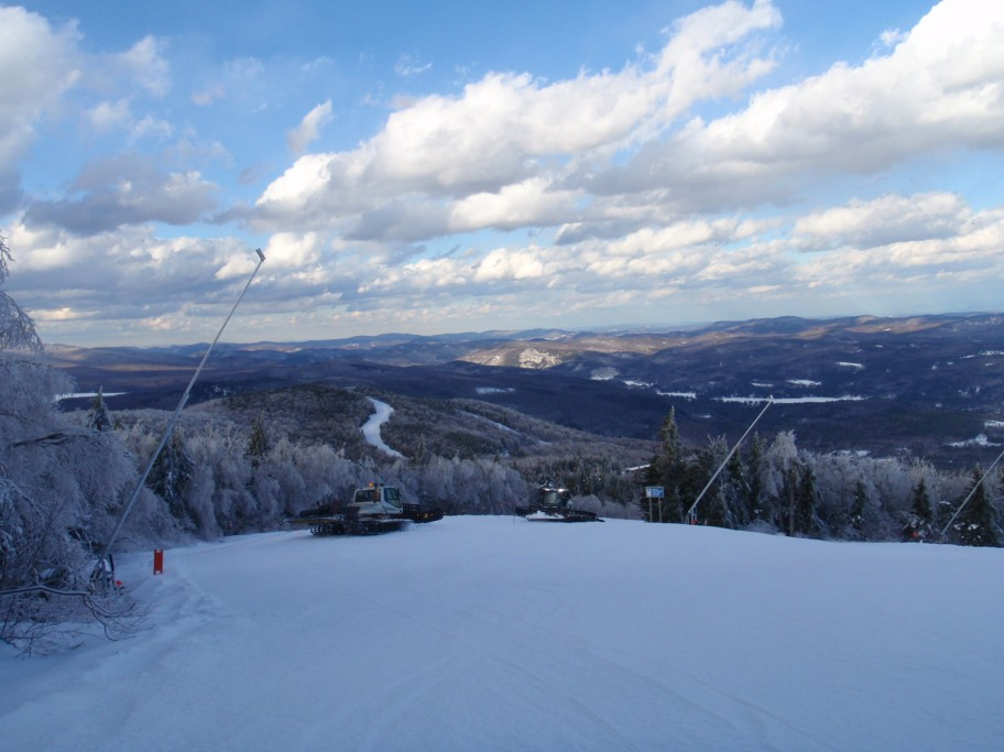 snowcat excursions at Okemo Mountain