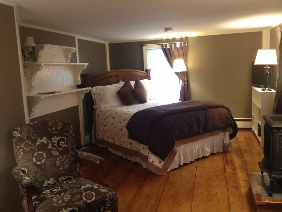 otis's view of bed